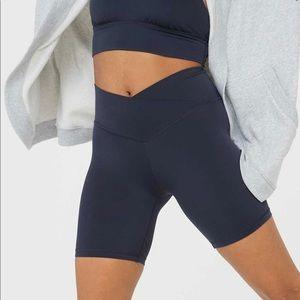 NWOT Aerie Crossover Bike Shorts in navy, medium